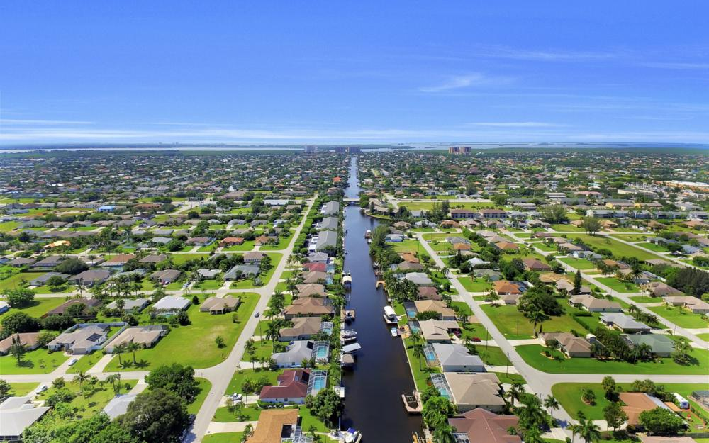 4520 SW 12th Pl, Cape Coral - House For Sale 1029787030