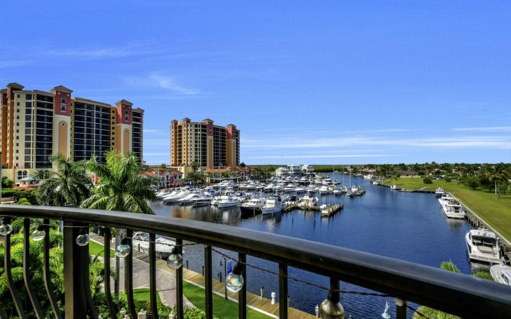 5702 Cape Harbour Dr #403, Cape Coral - Vacation Rental 987036341