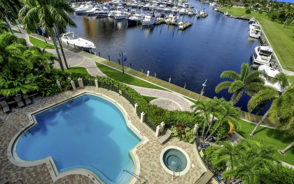 5702 Cape Harbour Dr #403, Cape Coral - Vacation Rental 126341019