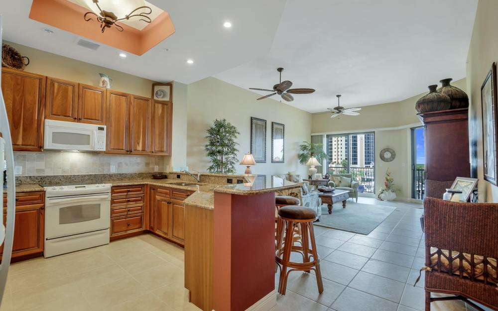 5702 Cape Harbour Dr #403, Cape Coral - Vacation Rental 555286717