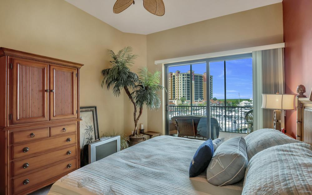 5702 Cape Harbour Dr #403, Cape Coral - Vacation Rental 544212147