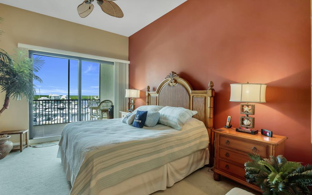5702 Cape Harbour Dr #403, Cape Coral - Vacation Rental 838301675