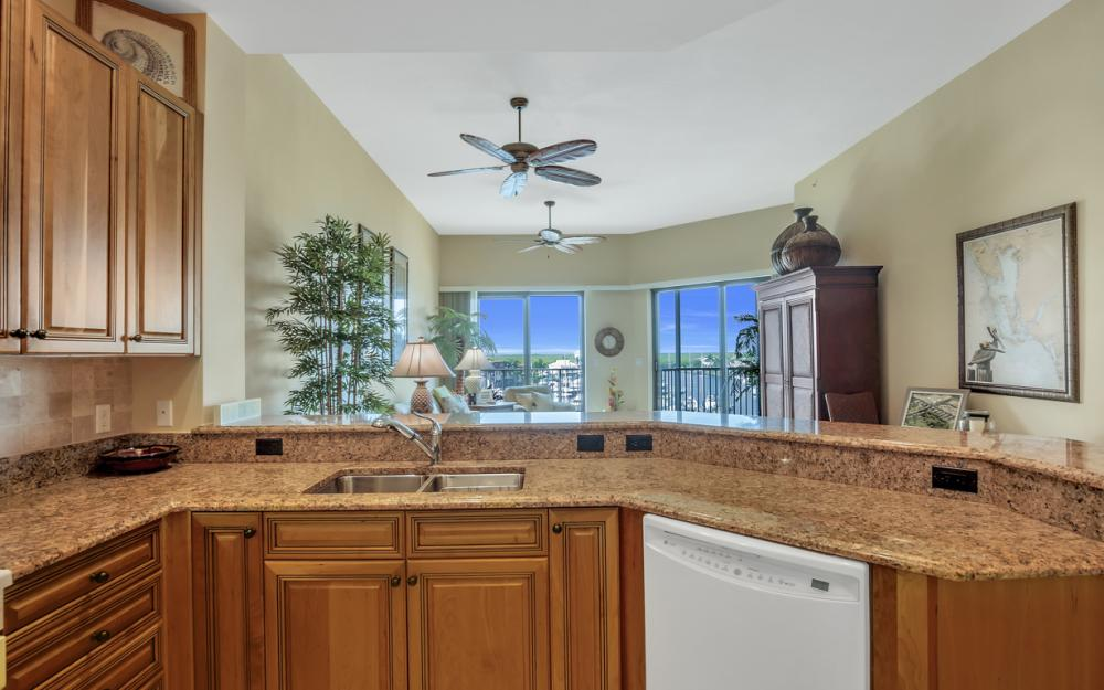 5702 Cape Harbour Dr #403, Cape Coral - Vacation Rental 1107881757