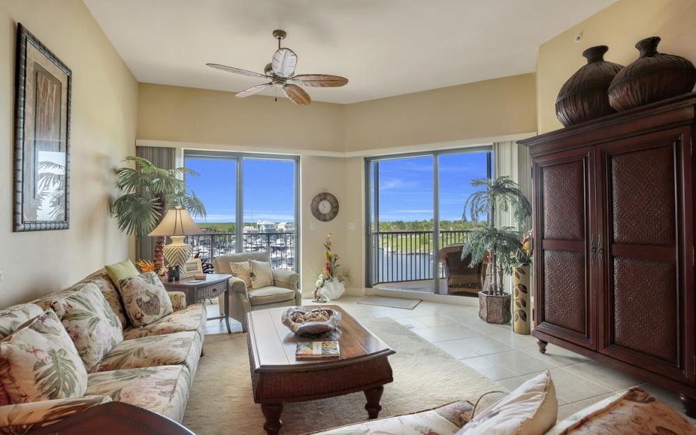 5702 Cape Harbour Dr #403, Cape Coral - Vacation Rental 200020669