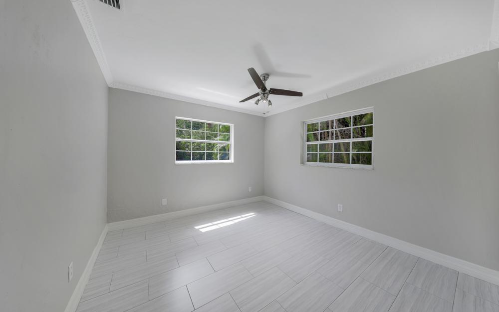 2217 44th Ter SW, Naples - Home For Sale  412732993