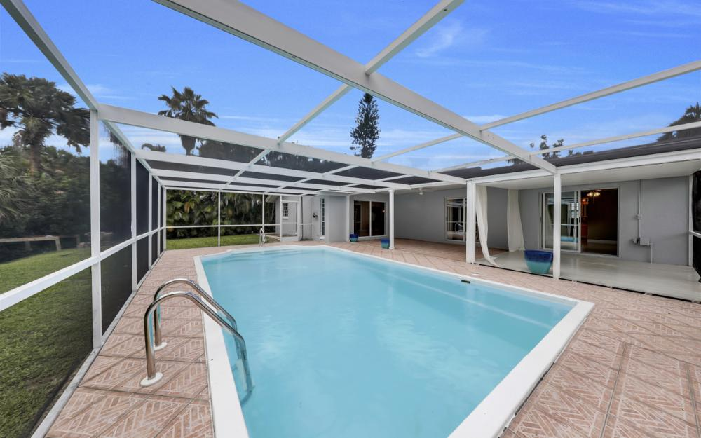 2217 44th Ter SW, Naples - Home For Sale  1744159736