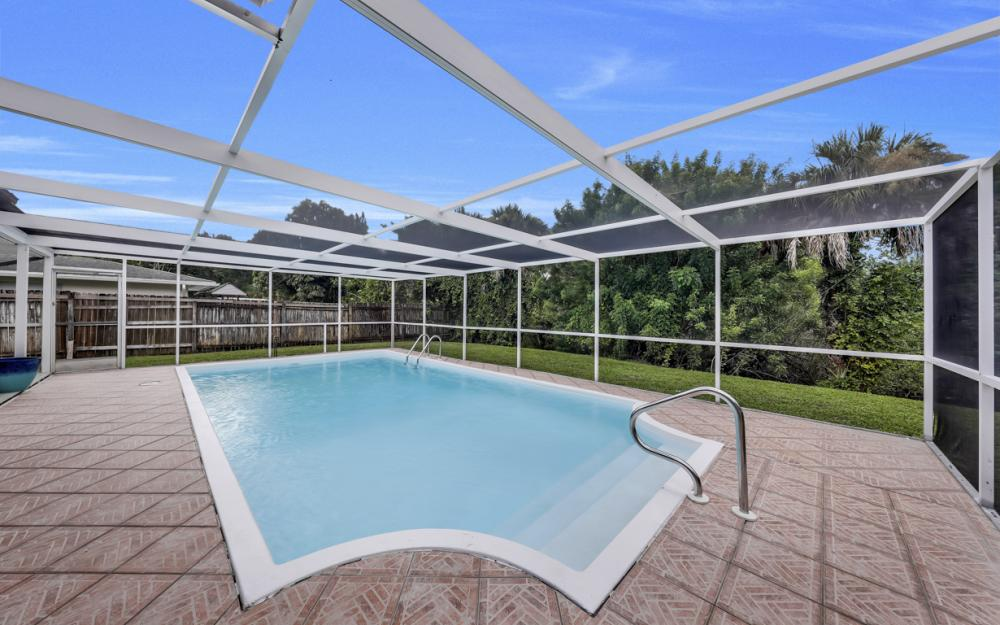 2217 44th Ter SW, Naples - Home For Sale  951166707