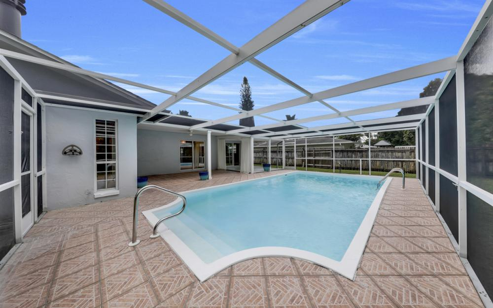 2217 44th Ter SW, Naples - Home For Sale  957401571