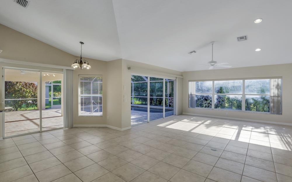 4627 SW 14th Ave, Cape Coral - Home For Sale 390311170