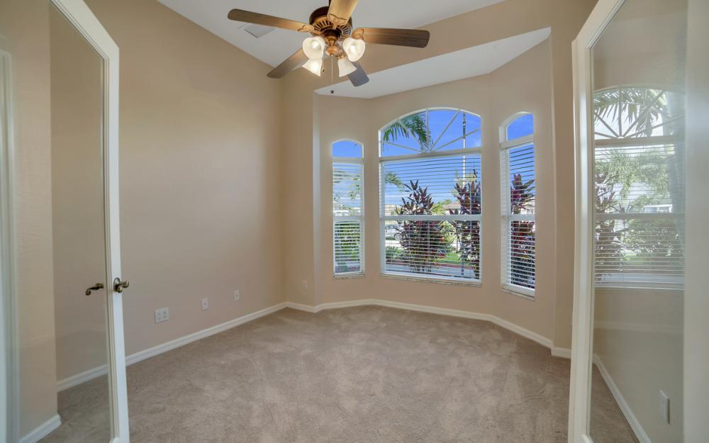 4627 SW 14th Ave, Cape Coral - Home For Sale 857107416