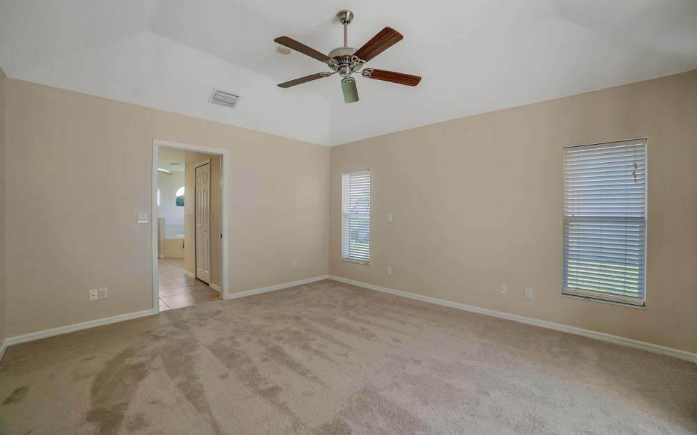 4627 SW 14th Ave, Cape Coral - Home For Sale 892419219