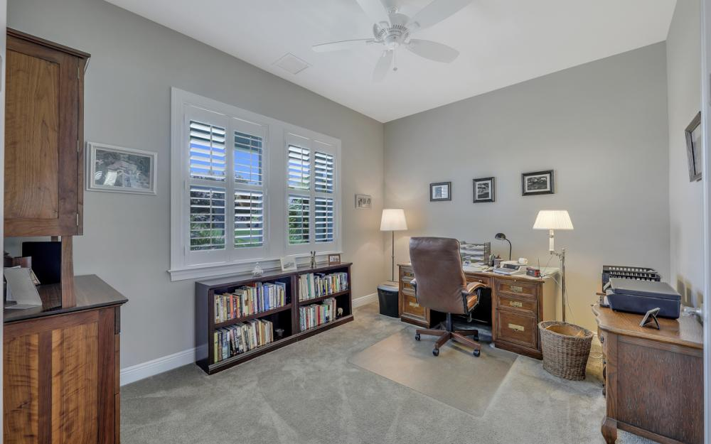 4240 Horse Creek Blvd, Fort Myers - Home For Sale 2030480091