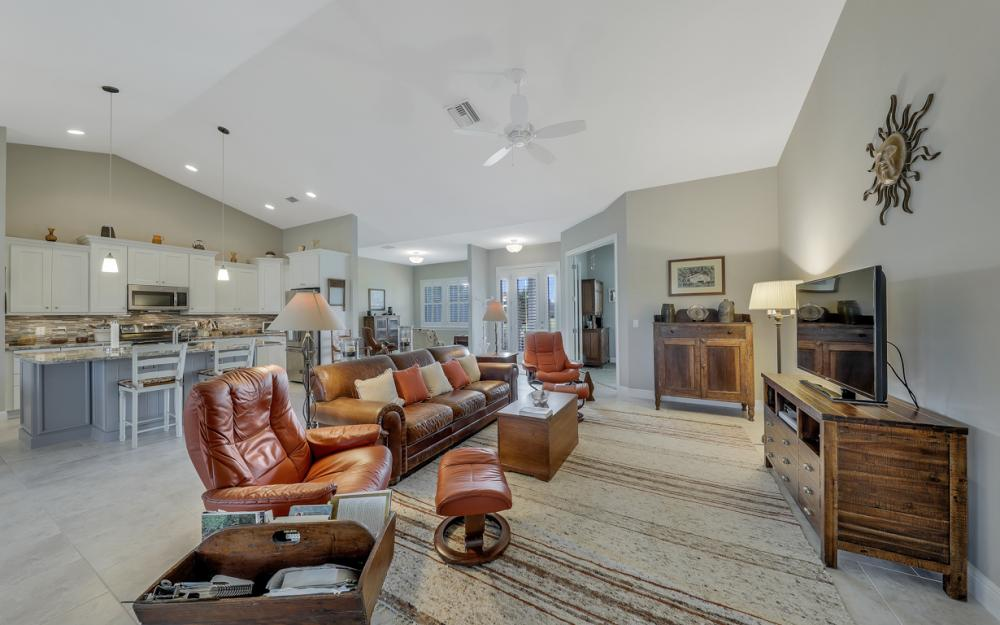 4240 Horse Creek Blvd, Fort Myers - Home For Sale 2019452471