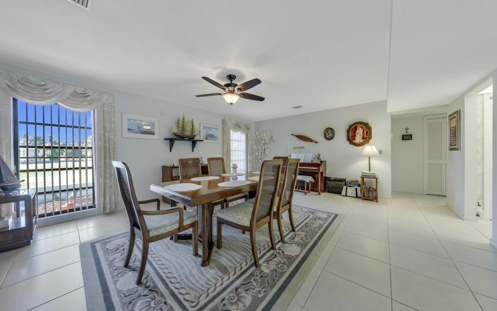 1241 Osprey Ct, Marco Island - Home For Sale 570632926