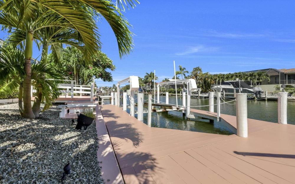 1241 Osprey Ct, Marco Island - Home For Sale 401973868