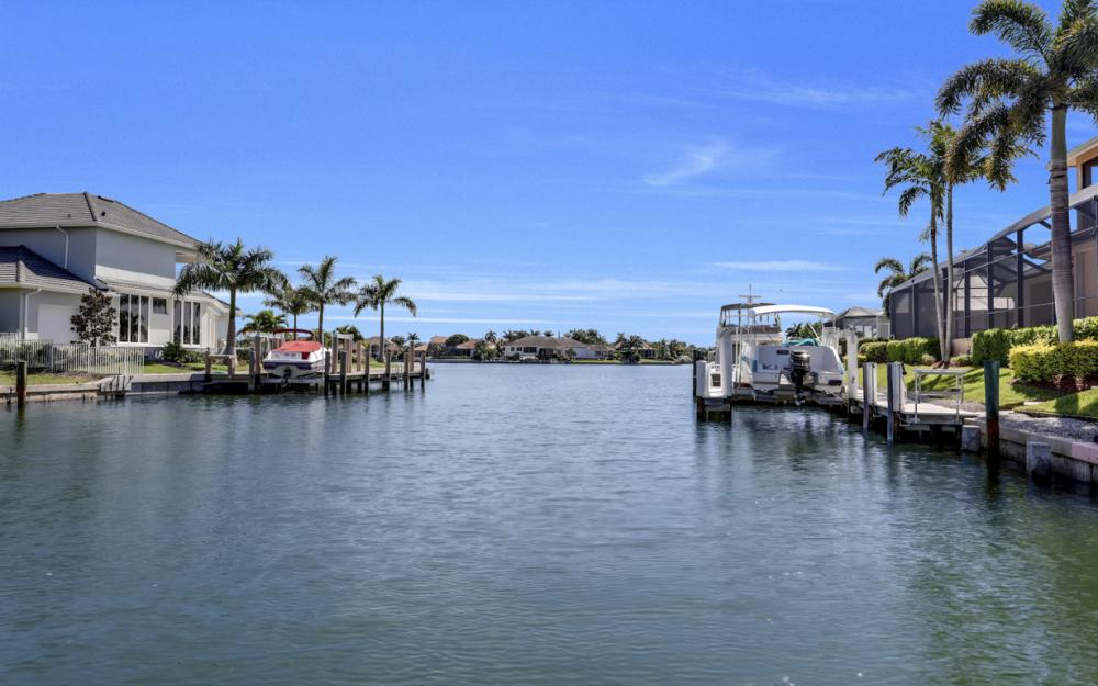 1241 Osprey Ct, Marco Island - Home For Sale 330897739