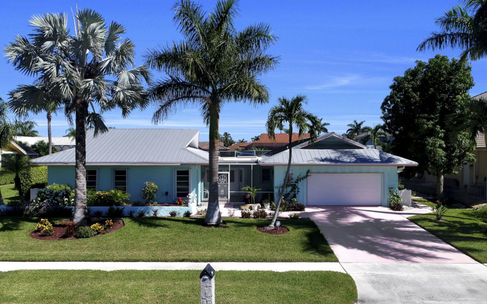 1241 Osprey Ct, Marco Island - Home For Sale 1024387266
