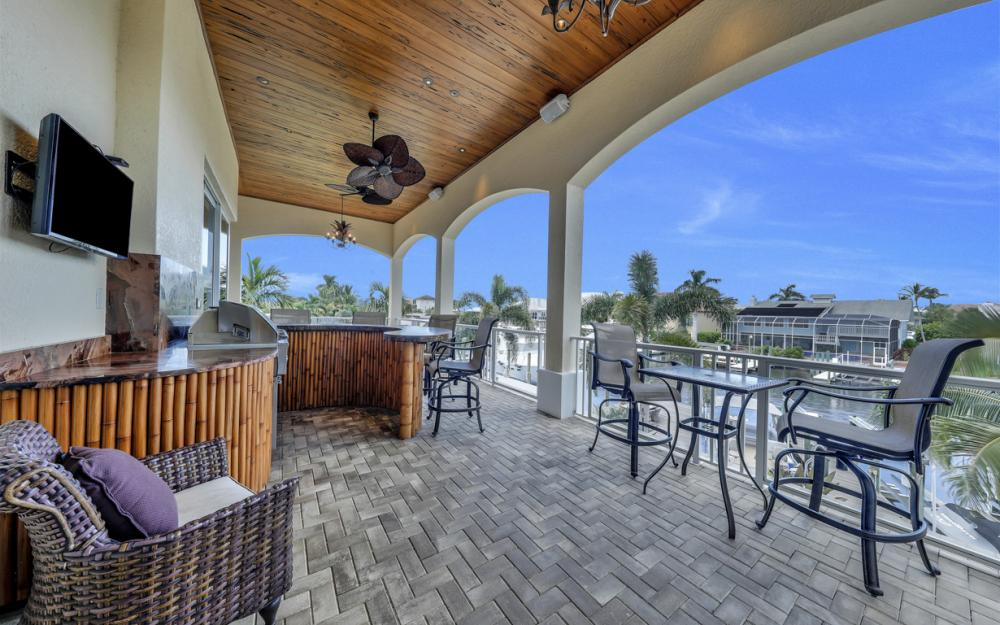 18276 Cutlass Dr, Fort Myers Beach - Home For Sale 1560339966