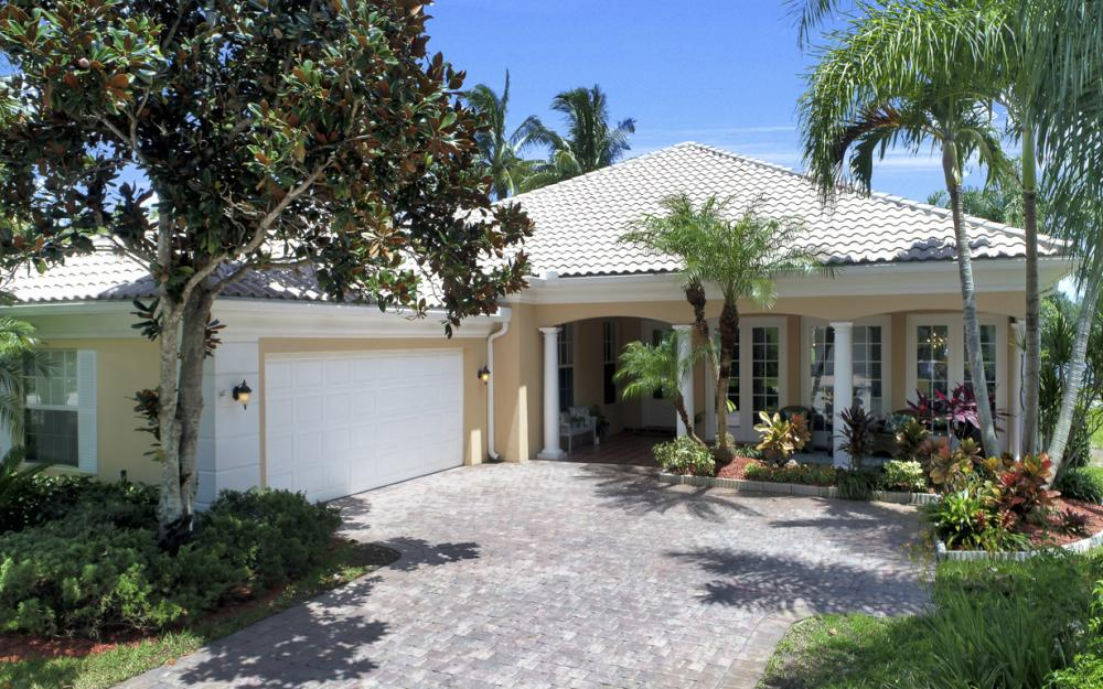 4338 Queen Elizabeth Way, Naples  - Home For Sale 713116592
