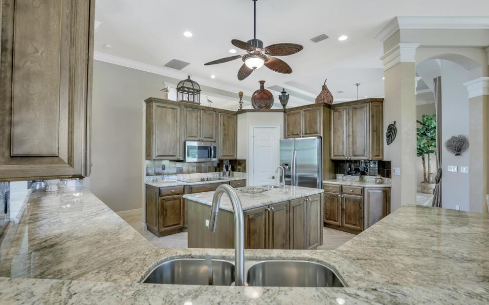 23048 Shady Knoll Dr, Bonita Springs - Home For Sale 603473623