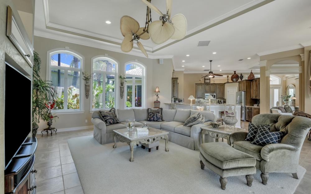 23048 Shady Knoll Dr, Bonita Springs - Home For Sale 2126076449