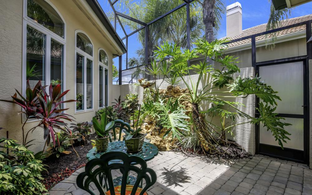 23048 Shady Knoll Dr, Bonita Springs - Home For Sale 1781925886