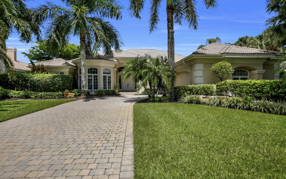 23048 Shady Knoll Dr, Bonita Springs - Home For Sale 483861693