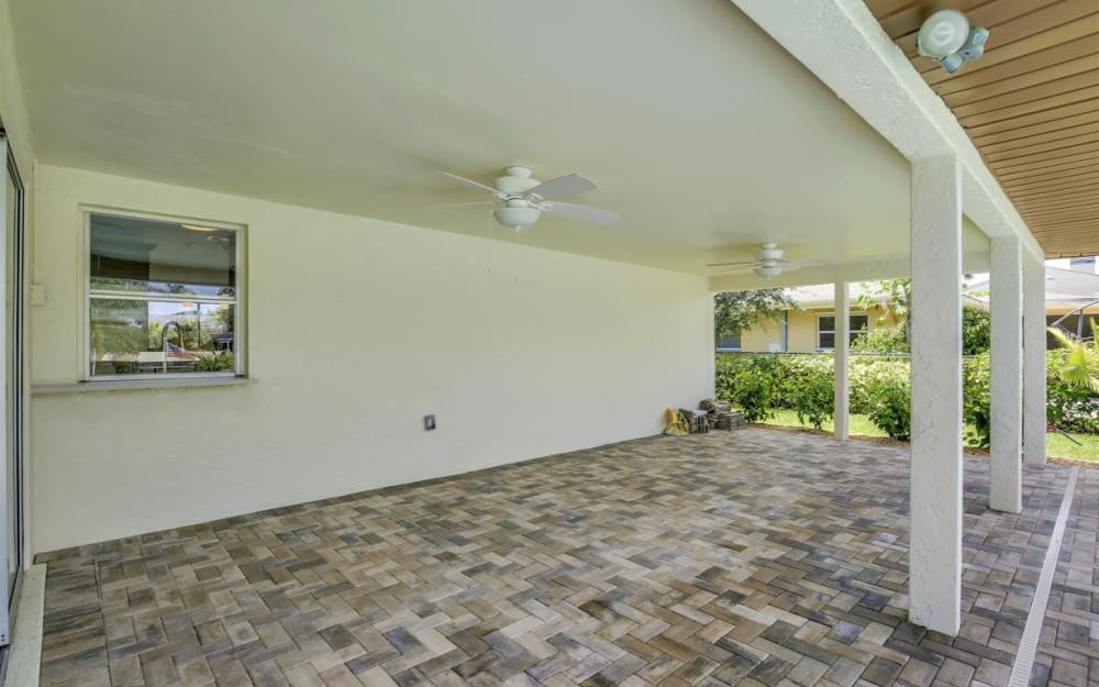 1505 SE 28th Ter, Cape Coral - Home For Sale 1703915238