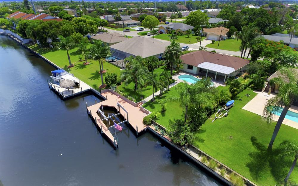 1505 SE 28th Ter, Cape Coral - Home For Sale 393204737