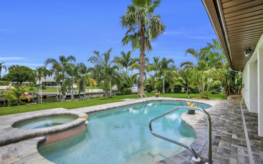 1505 SE 28th Ter, Cape Coral - Home For Sale 202044371