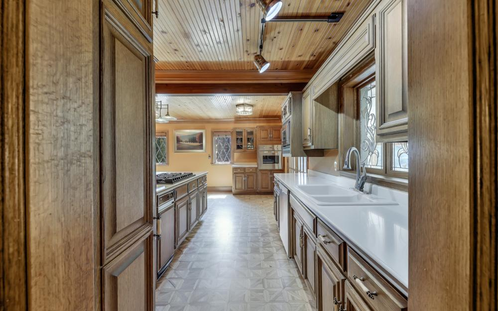 1001 W Hwy 33, Portage - River Luxury Home For Sale 571570933