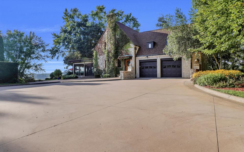 1001 W Hwy 33, Portage - River Luxury Home For Sale 1518916644