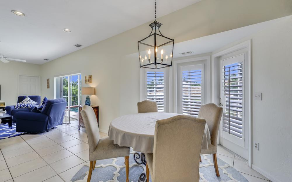 911 Moon Ct, Marco Island - Gulf Access Home For Sale 543507175