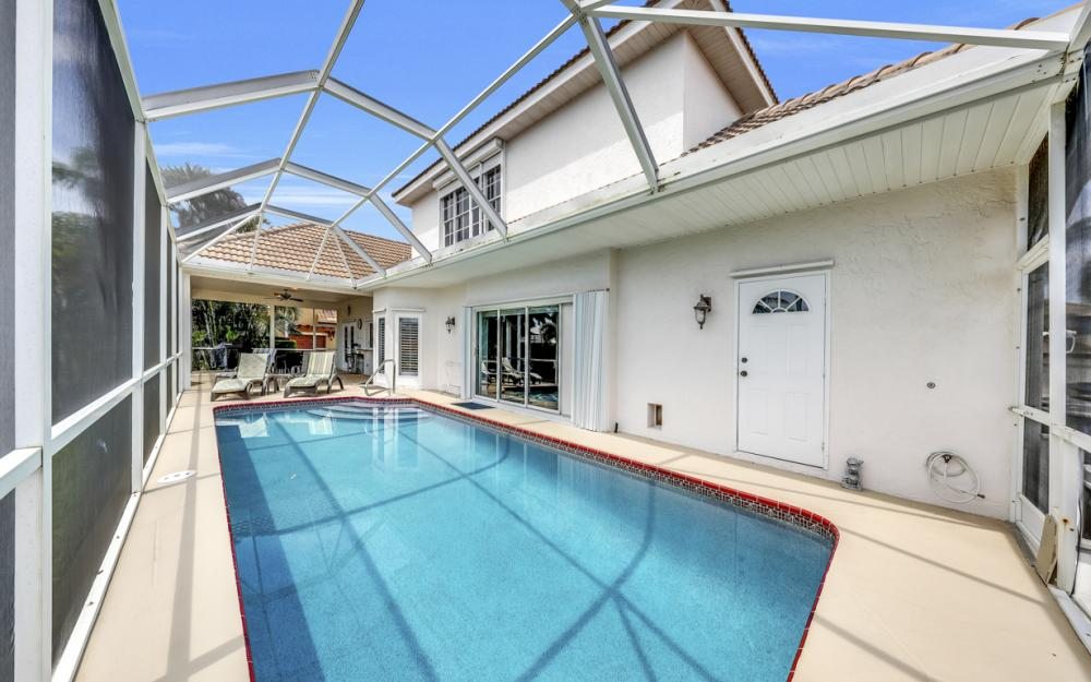 911 Moon Ct, Marco Island - Gulf Access Home For Sale 1838798786