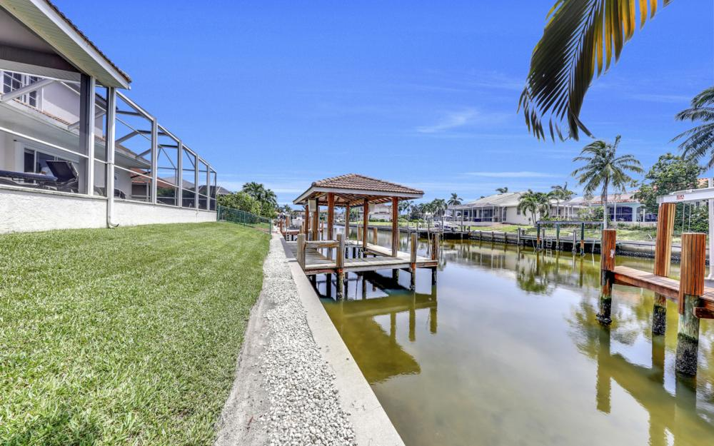 911 Moon Ct, Marco Island - Gulf Access Home For Sale 963456152