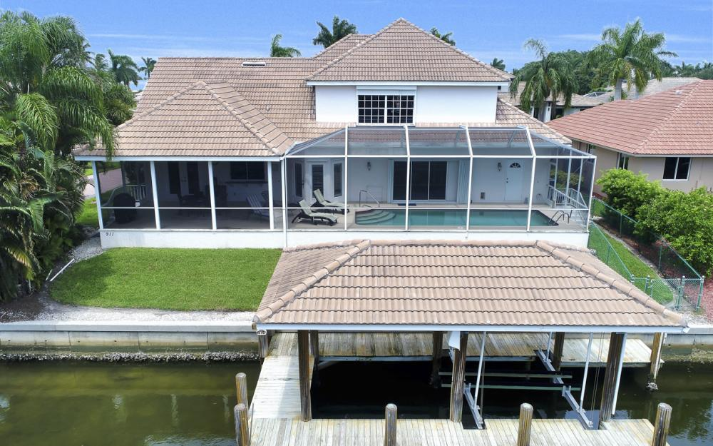 911 Moon Ct, Marco Island - Gulf Access Home For Sale 264118269