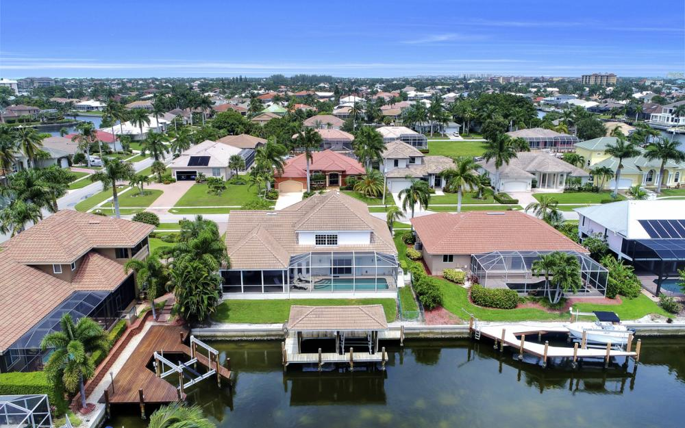 911 Moon Ct, Marco Island - Gulf Access Home For Sale 1430243578