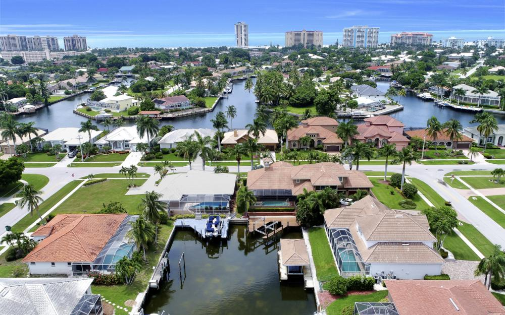 911 Moon Ct, Marco Island - Gulf Access Home For Sale 1437933891