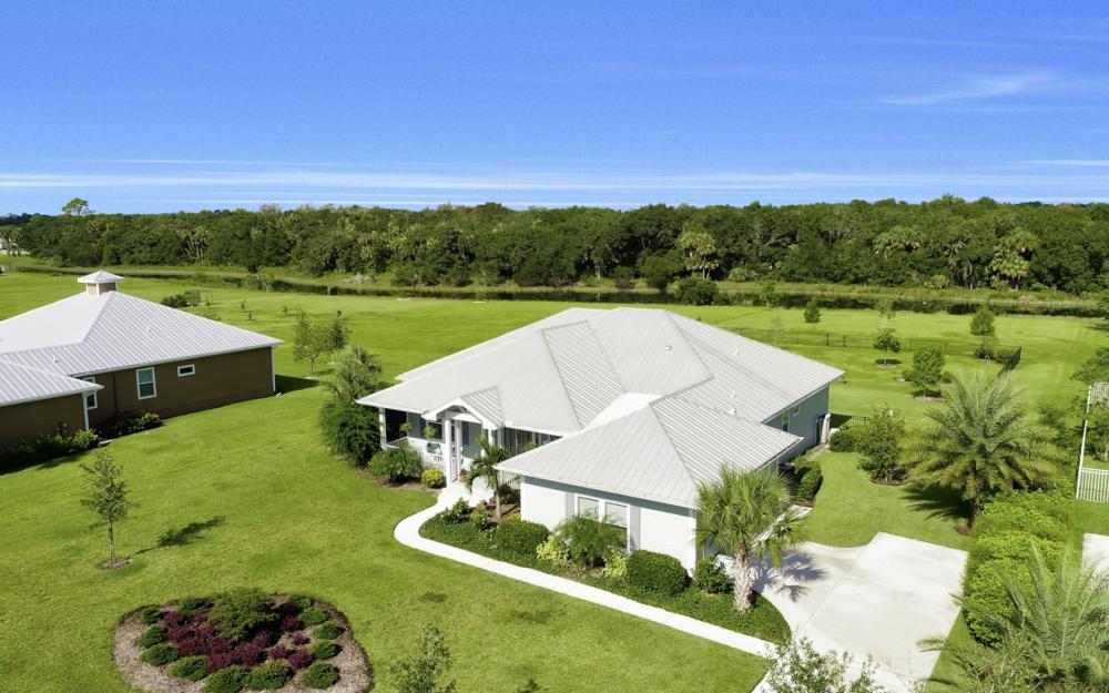 4240 Horse Creek Blvd, Fort Myers - Home For Sale  130715380