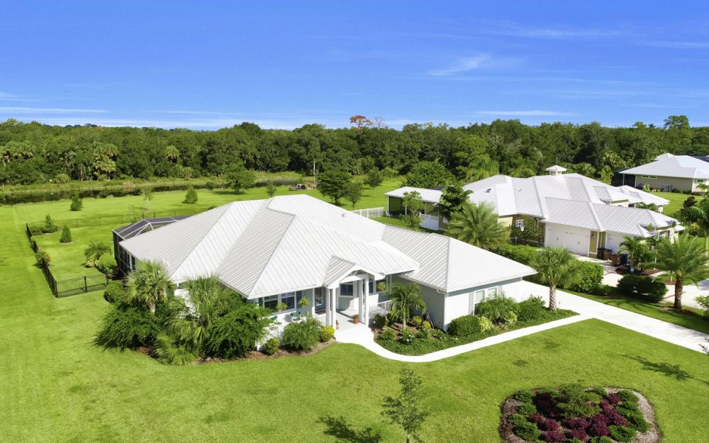 4240 Horse Creek Blvd, Fort Myers - Home For Sale  2063701644