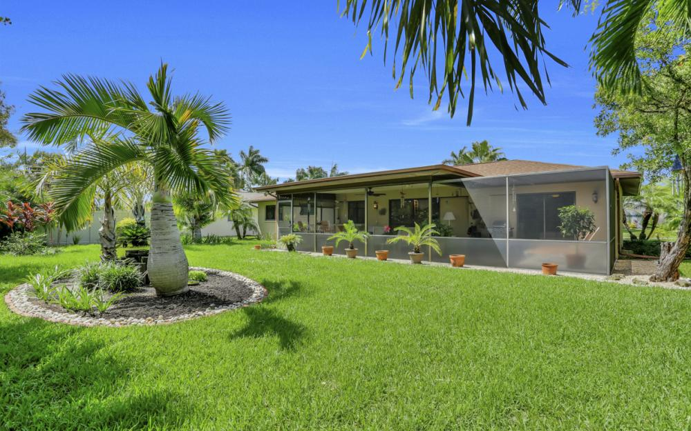 900 SW 54th Ln, Cape Coral - Home For Sale 898173972