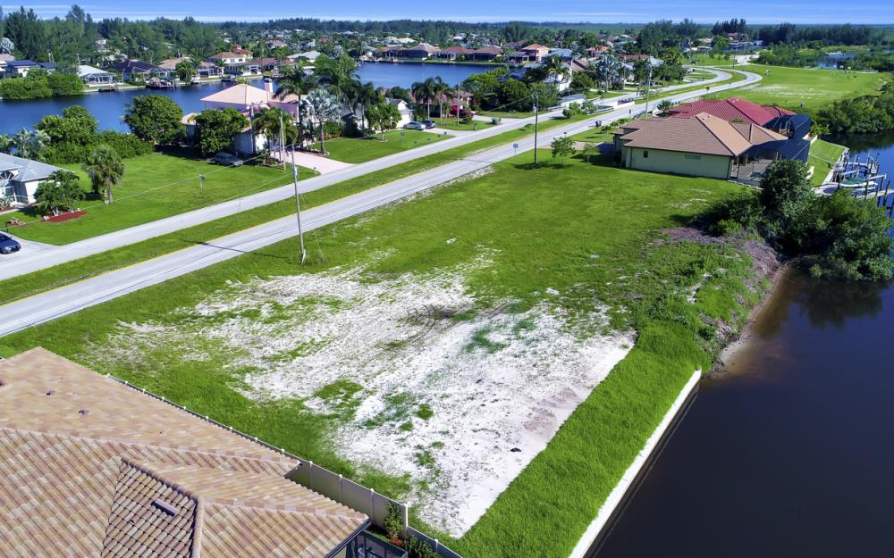 214 Old Burnt Store Rd S, Cape Coral - Lot For Sale  577593800