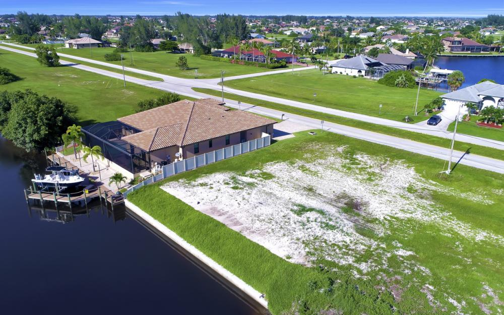 214 Old Burnt Store Rd S, Cape Coral - Lot For Sale  1472031491