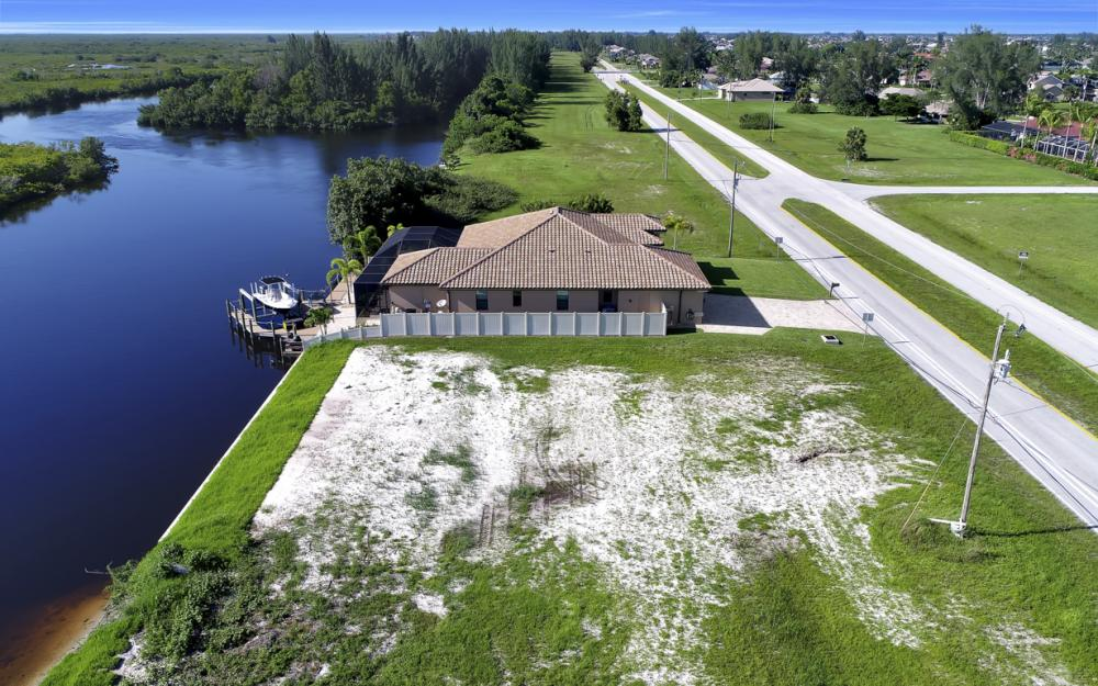 214 Old Burnt Store Rd S, Cape Coral - Lot For Sale  853820830