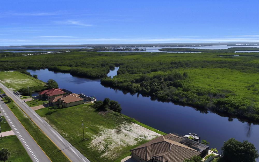 214 Old Burnt Store Rd S, Cape Coral - Lot For Sale  482885237