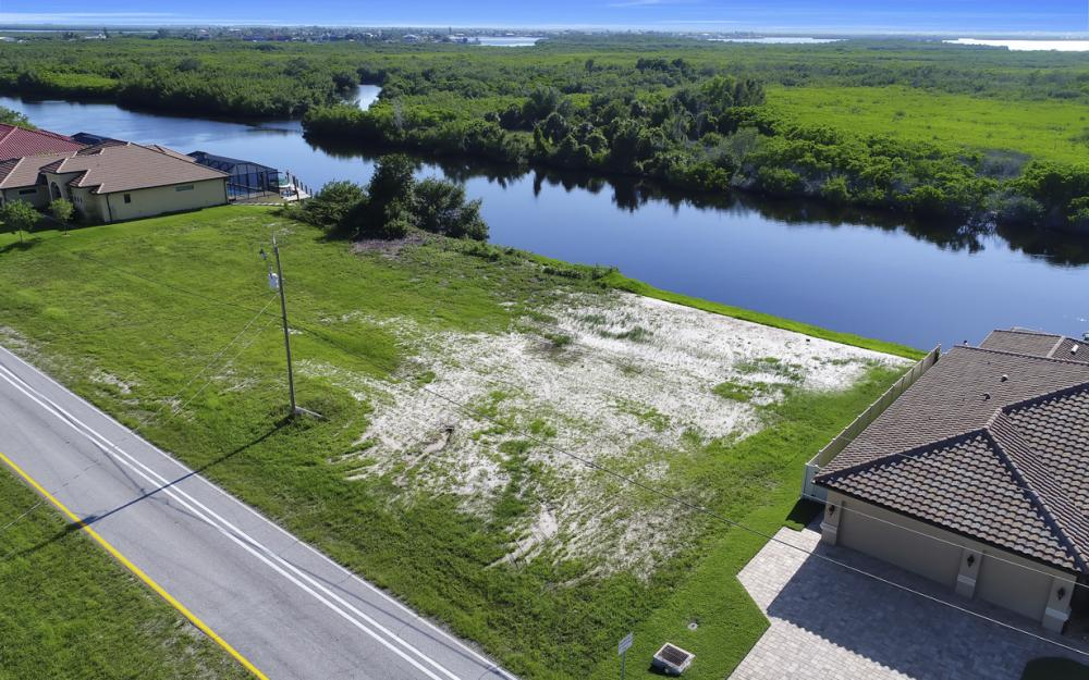 214 Old Burnt Store Rd S, Cape Coral - Lot For Sale  436443860