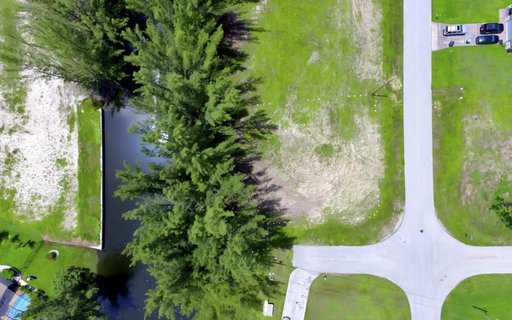 514 SW 22ns St, Cape Coral - Lot For Sale 406739170