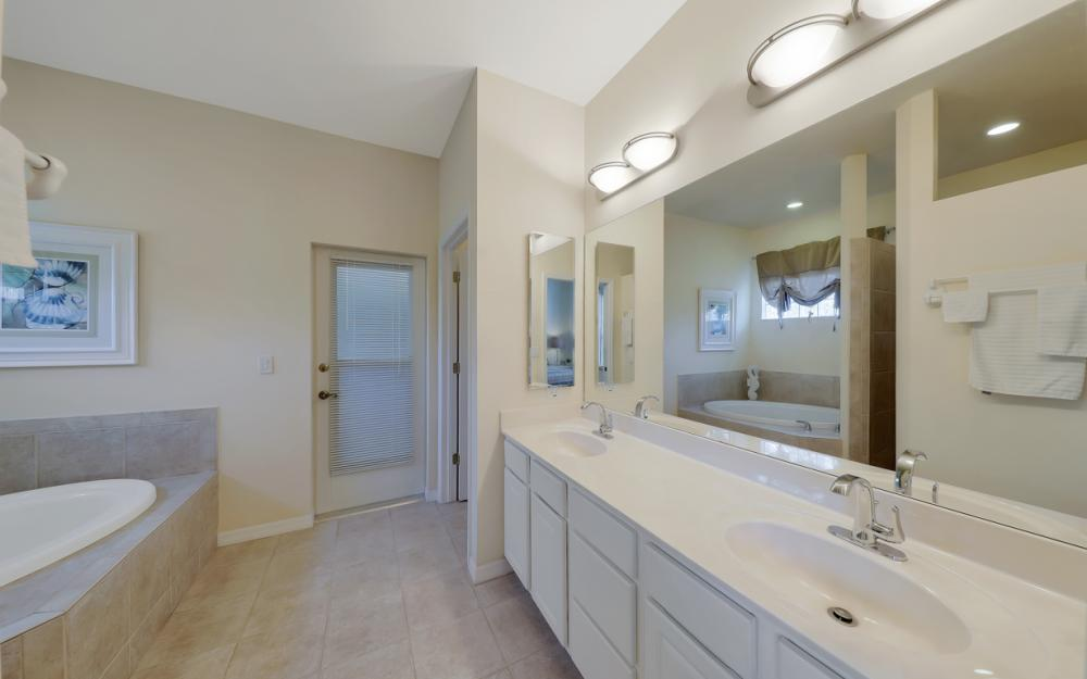 7584 Key Deer Ct, Fort Myers - Home For Sale 112332586