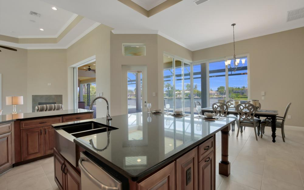411 Nassau Ct, Marco Island - Home For Sale 703671992