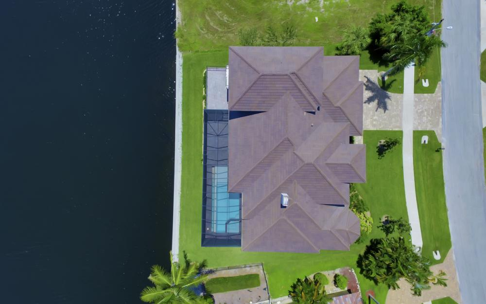 411 Nassau Ct, Marco Island - Home For Sale 1851360091